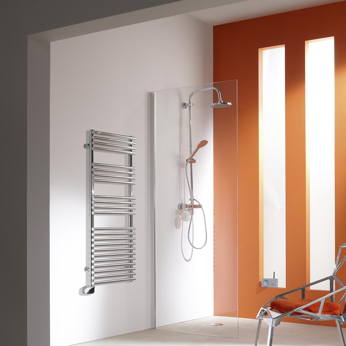 cala electrique chrome s che serviettes chauffage. Black Bedroom Furniture Sets. Home Design Ideas